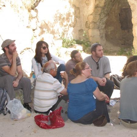 """סיור לקבר השייח - מלגאי מנדל תשע""""ד"""